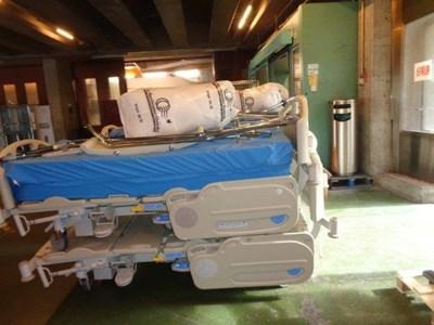 Леглата са предоставени от Университетската болница на гр. Лозана, Швейцария.