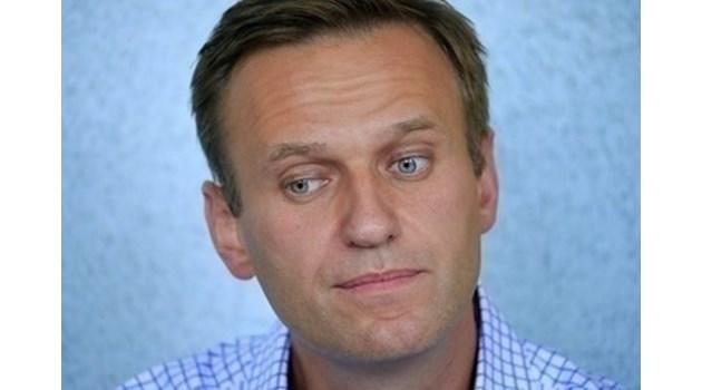 Публикувана е първата снимка на Навални в германската болница, вижте го