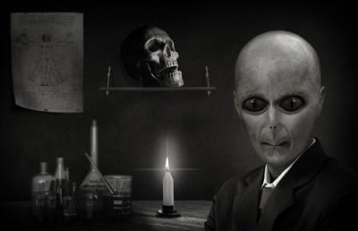 Тест: Склонни ли сте да вярвате в конспиративни теории?