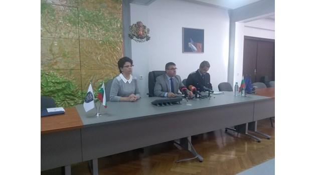 Съпрузи и синът им в ареста, направили си нарколаборатория край Асеновград