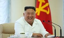 Ким Чен Ун не е луд, народът му гладува!