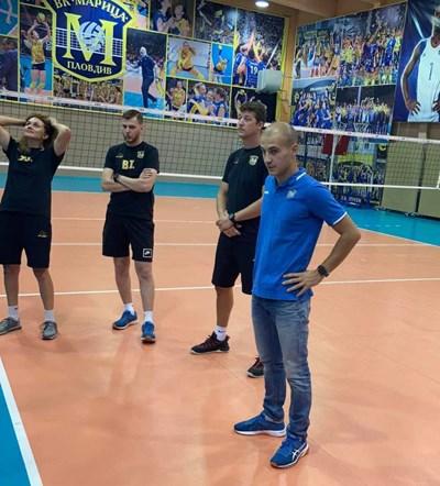 Борислав Крачанов  е новия старши треньор на волейболните шампионки.