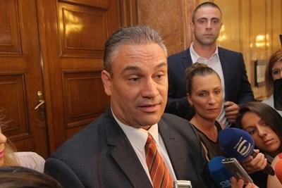 Пламен Георгиев пратен консул във Валенсия 2 дни след като го върнаха в прокуратурата (Обзор)