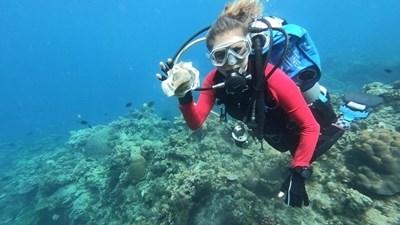 Фасовете са най-широкоразпространената форма на боклук в океаните.