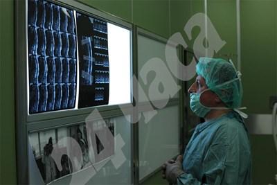 Пациенти с онкологични заболявания най-често търсят медицинска помощ в чужбина. СНИМКА: 24 часа