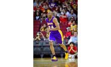 Близо 3 милиона искат Коби в логото на НБА