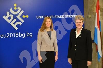 Министър Ангелкова посреща своите колеги за неформалната среща на министри на туризма от ЕС и Балканите. СНИМКИ: Йордан Симеонов СНИМКА: 24 часа