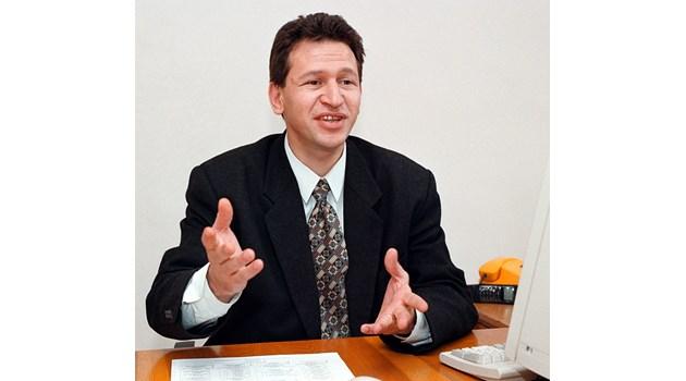 Стойчо Кацаров, Център за защита правата в здравеопазването: Холандия премахна монопола и има най-доброто здравеопазване