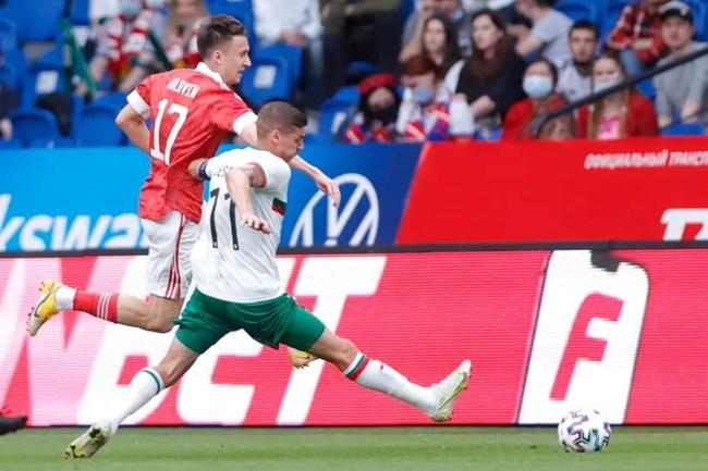 Кирил Десподов бе капитан за България в контролата с Русия / Снимка: БФС