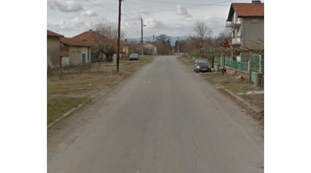Убиха мъж в сливенско село, трупът му е открит на улицата. Двама са задържани