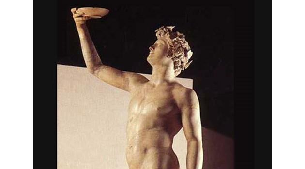 Жреците на Дионисий ли са първите ходещи по огън?