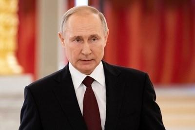Путин обяви вчера в обръщение към гражданите на страната, че във връзка с коронавирусната епидемия се разширяват мерките в подкрепа на руската икономика и населението. СНИМКА: Ройтерс
