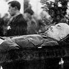 102 години след Октомврийската революция още спорят какво уби Ленин