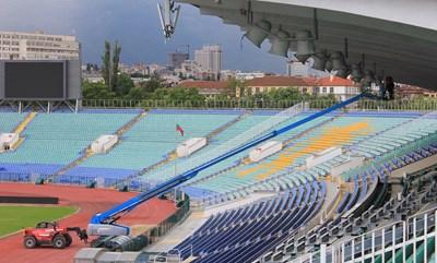 """Започна монтажът на озвучителната система на националния стадион """"Васил Левски"""""""