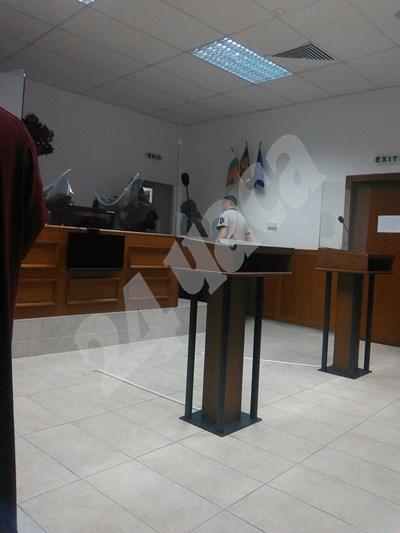 Денислав Станоев пред съда СНИМКА: Авторът