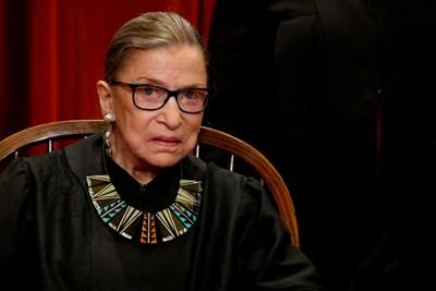 Иконата на американската левица почина от рак след 27 години служба като върховен съдия.
