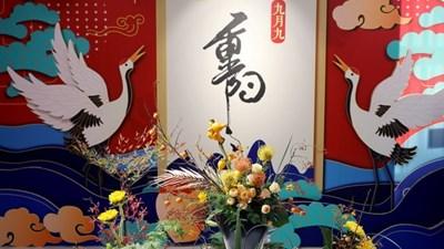 В Шанхай бе открита изложба по случай традиционния празник Чунян