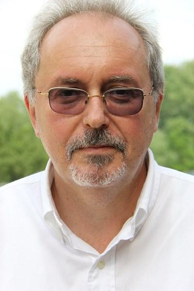 Доц. Владимир Ходжев: Пациентите с ХОББ задължително да продължат ежедневно с назначената им терапия