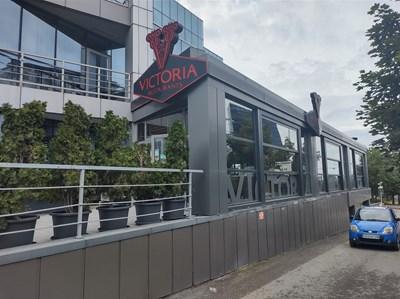 Ресторантът в София, в който са се срещнали бившият митничар Петко Петков и президентският секретар по антикорупция Пламен Узунов.