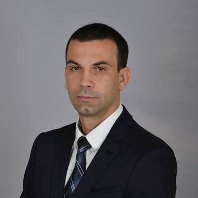 Кирил Котев.