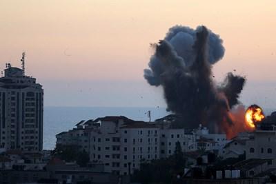 Десет от едно семейство убити при израелски въздушен удар в ивицата Газа