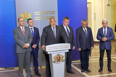 Премиерът Бойко Борисов съобщи имената на новите министри след коалиционен съвет. СНИМКА: Пиер Петров