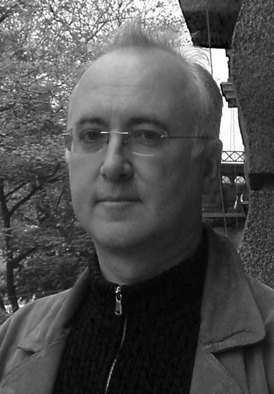 Проф. Андрю Йеомен