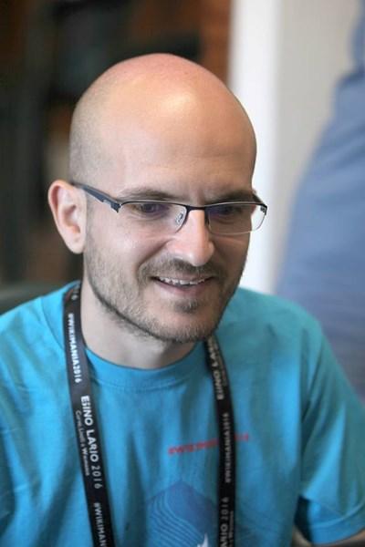 Спасимир Пилев е администратор в българската уикипедия.