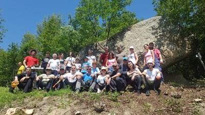 Доброволците, сред които бе и кметът Дилян Млъзев