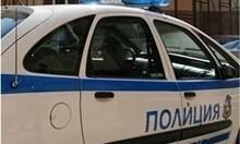 Апаши накълцали с камъни колите на мъж в Монтанско