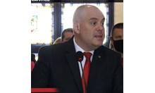 Радев се превърна в обикновен български политик от прехода