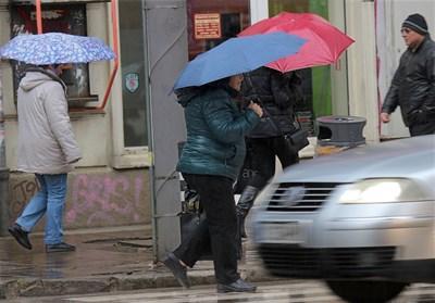 Април ще преизпълни месечната валежна норма.  СНИМКА: ЙОРДАН СИМЕОНОВ