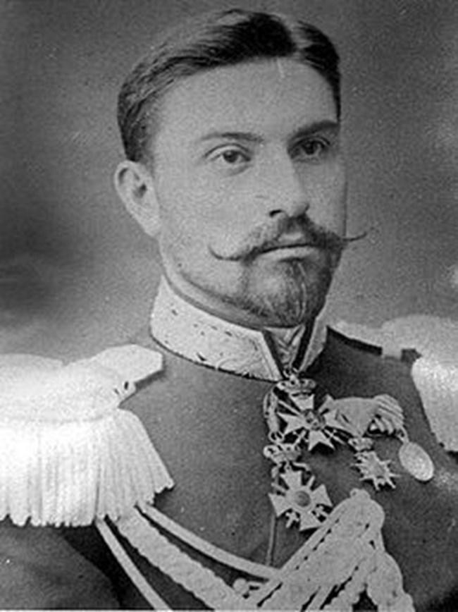 Ген. Рачо Петров е един от най-противоречивите министър-председатели в историята на България.