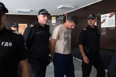 Марио Метушев в съда в Благоевград