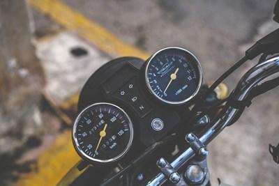 52-годишна свищовлийка бере душа в болница, блъсна я мотоциклет