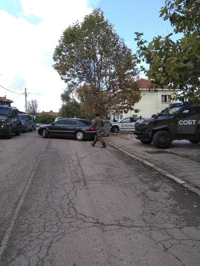 Барети окупират къщата на легионера Иван Пачелиев