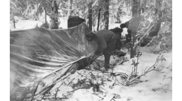 """Синовете на Генерал Напред също са убити със скиорите на """"Дятлов"""". Телата им мистериозно изчезват от моргата"""