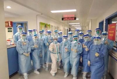 Болниците в Ухан възобновиха нормалната си работа