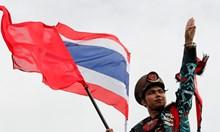 Антиправителствени протести и в Тайланд