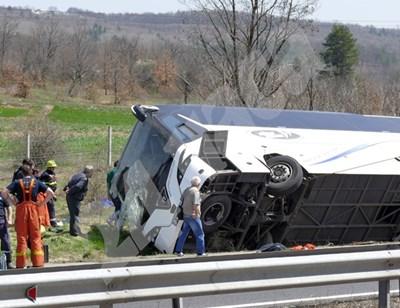 """Трагичният инцидент, отнел живота на шест души, стана на 13 април на автомагистрала """"Тракия"""". СНИМКА: 24 часа"""
