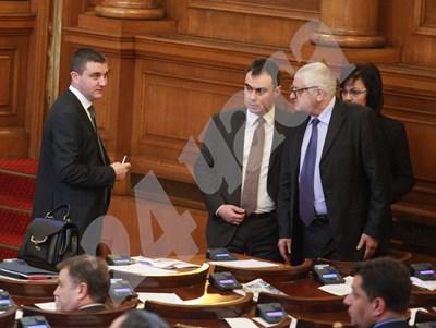 Финансовият министър Владислав Горанов се очаква да внесе в началото на следващия месец бюджета за 2018 г. за обсъждане в парламента. СНИМКА: 24 часа