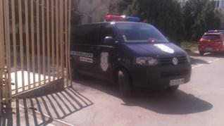 Полицията в Благоевград почерня от качулки, вътрешна сигурност проверява дознателка