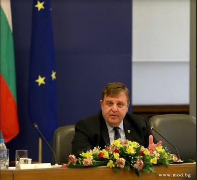 Красимир Каракачанов СНИМКА: МО