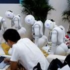 Психолози и медици ще лекуват робота
