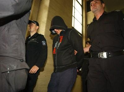 Матей Боев беше екстрадиран в Италия през май 2012 г.