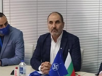 Цветанов откри офис на партията си в Пловдив