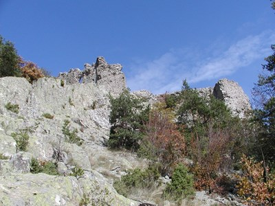 Крепостта Устра е била истински средновековен замък, казва проф. Овчаров.