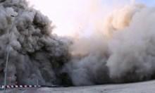 144 етажа рухнаха за 10 секунди в Абу Даби