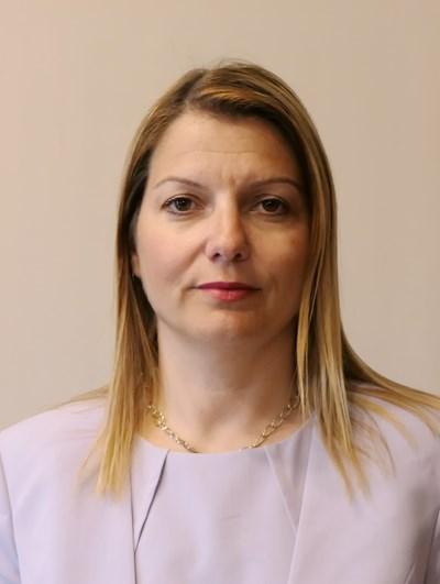 Елена Фичерова