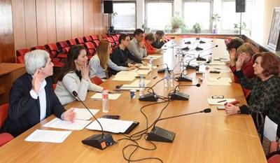Работата на червената ЦИК е предизвикала най-голям скандал на заседанието на пленума, а някои от решенията й са били оспорени.